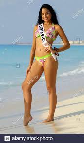 Miss Costa Rica Veronica Gonzalez poses after a group photo for ...
