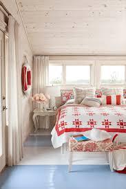 Sarah Richardson Bedroom Hgtv Sarah Richardson Cottage Makeover Sarahs House Home