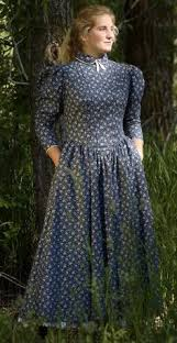 pioneer woman clothing 1800. costuming for pioneer woman 1800s http://www.cattlekate.com/public clothing 1800