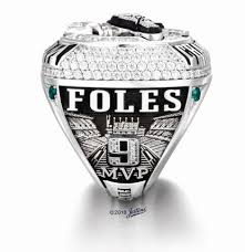 The super bowl ring is an award in the national football league given to the winners of the league's annual championship game, the super bowl. Philadelphia Eagles Get Super Bowl Rings Honoring Team Fans Krcr