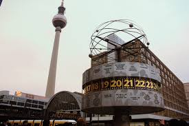 Alexanderplatz Berlino - Il tuo posto nel mondo