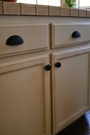 Paint Wooden Kitchen Cabinets Using Chalk Paint For Oak Kitchen Cabinets Test Door Cabinets
