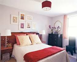 small bedroom decorating ideas for couples are you wondering as to how to arrange your small bedroom in the most efficient manner arrange bedroom decorating