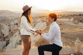 Cedi Osman proposes to girlfriend Ebru Şahin in scenic Cappadocia  