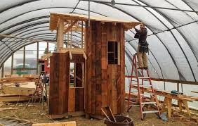 build a treehouse how to build a treehouse81 how