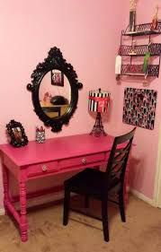 zoe s paris room my mom refinished this desk that she found on the side of the