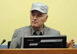 Ratko Mladic condannato all'ergastolo: i crimini, i balli, la latitanza:  storia del «macellaio» di Bosnia - Corriere.it