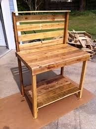 reclaimed pallet potting