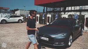 Schlüssel Hack Autos Von Tesla Lassen Sich In Sekunden öffnen