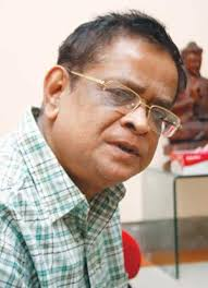Humayun Ahmed. One of the leading writers of the country has already undergone a second round of chemotherapy as part of his treatment. - Humayun-Ahmed-300