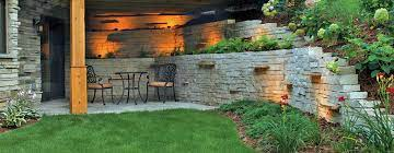 retaining wall landscaping decorative