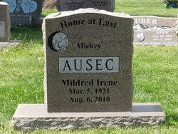 """Mildred I. """"Mickey"""" Woolsey Ausec (1921-2010) - Find A Grave Memorial"""