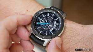 Samsung ra mắt đồng hồ thông minh mới