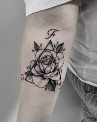 At Lucaanoir 𝕷𝖔𝖘𝖙 𝖘𝖔𝖚𝖑 Triangle X Rose Tattoo