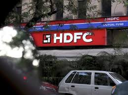Standard Life Share Price Chart Hdfc Amc Share Price Hdfc Amc Drops 3 As Two Day Ofs By