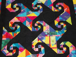 Tessellation Quilt Patterns | FeltMagnet & The Snail's Trail - A tessellated quilt pattern Adamdwight.com