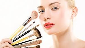 <b>Кисти</b> для макияжа: как выбрать и правильно использовать ...