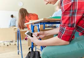 Запрет на гаджеты в школе – закон или произвол?