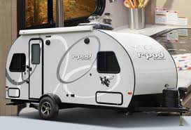 7 awesome small travel trailers under 3