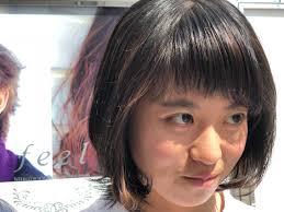 マンネリして来た髪型に少しポイントをつけるために前髪短め