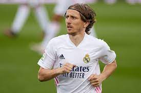 Real Madrid: Luka Modric extends until 2022