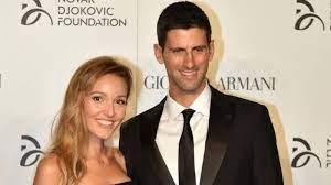 "So meditiert Novak"": Jelena Djokovic teilt die Geschirrspülsitzung von  Ehemann Novak - Moyens I/O"