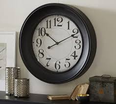 Statement Clock