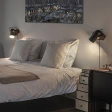 Entdecke unsere ideen zur beleuchtung und sichere dir lampen und leuchtmittel zu günstigen preisen online oder in deinem ikea einrichtungshaus. Schlafzimmer Beleuchtung Tipps Im Connox Magazine
