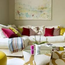 Декоративные <b>подушки</b> на диван: как расставить акценты — 24 ...