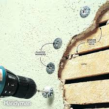 fixing plaster ceiling removing from the wall