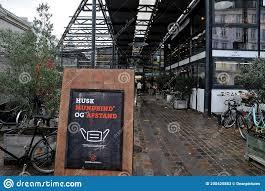 La Danimarca Incombe Il Coprifuoco Da Oggi Fotografia Stock Editoriale -  Immagine di alimento, copenhaghen: 200425883