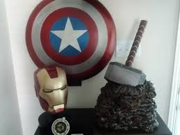 Captain America Shield Display Stand IMG100100jpg 2
