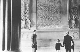 lincoln jpg smith reading the gettysburg address at the lincoln memorial