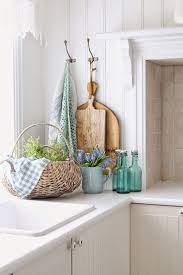 How to Infuse The Ocean Into Your Summer Decor