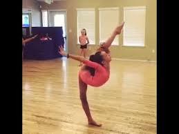 rhythmic gymnastics flexibility