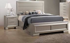Crown Mark Paloma Champagne Silver 2pc Bedroom Set With King Storage ...