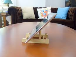 turn a wooden plate holder to an ipad stand