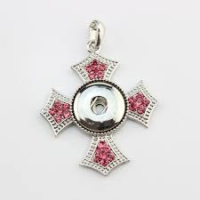 20pcs lot free new arrival fashion whole cross snap pink rhinestone pendant fit 18