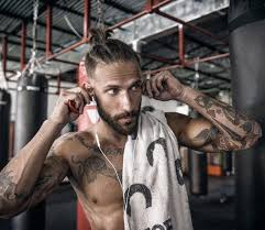 We Asked 100 Women Are You Into Guys With Man Buns Muscle Fitness