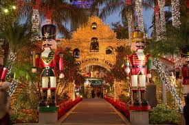 Festival Of Lights At The Mission Inn Riverside These Destinations Are Perfect For A Thanksgiving Away From