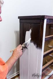 paint furniture whiteHow to Paint Furniture with Chalk Paint
