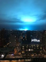 Con Edison Light Blue Light In The Sky Over Nyc Was Not Aliens Officials