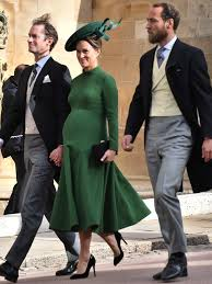 Today we take a look at the differences between princess eugenie and prince harry's wedding photos revealed by a body language expert. What Kate Middleton Wore To Princess Eugenie S Wedding