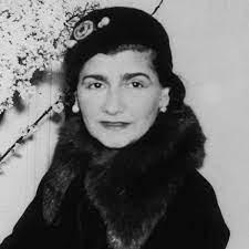 Coco Chanel - Quotes, Fashion & Facts - Biography