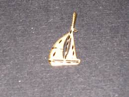 kt gold boat pendant or yellow gold 14 charm nnnqoq5452 diamond