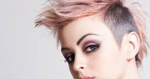 لو عاوزة نيولوك جديد تسريحات مختلفة لصاحبات الشعر القصير