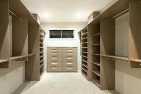 walk in closet layout walk in closet layout in new home small walk in closet layout