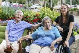 Iowa caregivers face low wages but high coronavirus risk | The Gazette