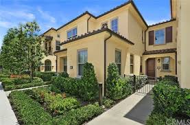 52 Coralwood, Irvine, CA 92618   Compass