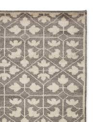 pfeiffer hand knotted rug swatch